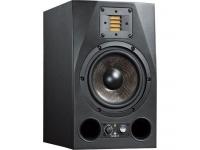 """Adam A7X  Adam A7X  Monitor de estudio activo de 2 vías  Equipado con: 7 """"de carbono / Rohacell / woofer de vidrio y tweeter XA.RT  Sistema de reflejo bajo  Potencia: 100 W Bass + 50 W tweeter  Rango de frecuencia: 42 Hz - 50 kHz  Frecuencia de cruce: 2.5 kHz  SPL máx. (Pico, par de 1 m): 114 dB SPL  Tweeter de filtro de estantería:> 5 kHz +/- 6 dB  Filtro de estantería Tiefton: <300 Hz +/- 6 dB  Control de nivel de entrada / ganancia: hasta +14 dB  Tweeter de control de nivel: +/- 4 dB  THD (a 90 dB / 1m> 100 Hz): <0.5%  Entradas analógicas: XLR / RCA  Impedancia de entrada: 30 kΩ  Dimensiones (ancho x alto x profundidad): 201 x 337 x 280 mm  Peso: 9.3 kg"""