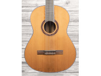 Série Luthier APC AC (Egitana Edition)  Guitarra Clássica APC AC (100% Maciço) - Tampo: Spruce Maciço Especial - Aros e Fundo: Pau Santo Especial - Braço: Mogno Especial - Escala: African BlackWood Especial
