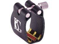 Abraçadeira para clarinete BG BG L4R  Abraçadeira para Clarinete BG L4R ligadura Apocalipse (vermelha)  Em couro com base de apoio em bronze. Inclui tapa boquilha. - Aplicação Brass - Som claro