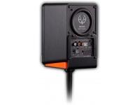 """EVE Audio SC203 Thread Mount   EVE Audio SC203 Thread Mount  Este acessório permite acoplar uma coluna SC203 a qualquer tripé de microfone normal com rosca de 3/8"""".  Pode também usá-lo com o FlexiPad fornecido com as SC203 para amortecer ainda mais as vibrações mecânicas.  Nota: este produto é vendido à unidade. Necessitará de duas unidades para adaptar um par de SC203 a tripés."""