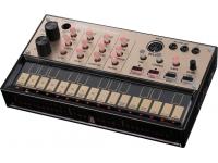 Korg Volca Keys   Korg Volca Keys  Sintetizador analógico simples, de três vozes  Função Voicing que permite a qualquer pessoa criar sons facilmente  Efeito de delay para ainda mais possibilidades sonoras  Loop sequencer simples  Conectores SYNC e MIDI IN