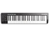 M-Audio Keystation 49 MK3   Teclado controlador de MIDI de 49-nota simplificada O Keystation 49 MK3 baseia-se no sucesso das duas versões anteriores. Keystation tem sido um favorito de todos os músicos Digitas, graças a sua alta funcionalidade e preço acessível. A 49-nota keybed possui teclas sensíveis à velocidade synth-ação. Isto fornece um natural sentir todos os jogadores, não imta o seu conjunto de habilidades. É também ótimo para piano jogadores que querem dar o salto para a produção de música digital.