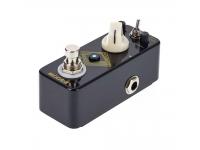 Mooer EchoVerb   Pedal reverb/delay Mooer EchoVerb  Reverb digital combinado com delay digital  Ajuste da velocidade por tap tempo  Design analógico  Componentes de alta qualidade  Controles Switch, Level/Mix, Time/Tone, FB/Decay  True Bypass para a passagem pura do sinal quando está desabilitado  LED indicador de funcionamento  Robusto, compacto e leve  Entrada: 1/4″ mono jack (impedância: 1M Ohms)  Saída: 1/4″ mono jack (impedância: 100 Ohms)  Alimentação: Fonte 9V DC (3mA – Plugue com centro negativo) (Fonte não inclusa)  Consumo de corrente: 20 mA  Origem: China  Peso: 160 g  Dimensões (L x P x A): 3,6 x 9,2 x 5,2 cm