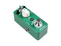 """Mooer Lofi Machine   Mooer Lofi Machine  Redução de alcance amplo de taxa de amostragem dos efeitos.  3 modos de uso: guitarra, baixo ou sound player  True Bypass  Alcance da taxa de amostragem: 31250Hz~60Hz  Alcance da profundidade de amostragem: 16Bit~5Bit  Entrada: Jack mono de ¼"""" (impedância: 470k Ohms)  Saída: Jack mono de ¼"""" (impedância: 100 Ohms)  Requisitos de energia: Fonte AC 9V DC  Corrente de Consumo: 128mA"""