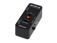 """Mooer Micro DI   D.I. Box Guitarra Mooer Micro DI  Caixa inteligente de entrada direta com distorção ultra baixa, transfere de forma silenciosa o som da guitarra ou baixo diretamente para o sistema áudio  Saída balanceada/não balanceada, seletor de ganho, simulador de gabinete e tomada de terra incluídos  Chassis todo em metal  Muito pequeno e requintado  Entrada: jack 1/4"""" monaural (impedância: 1M)  Saída: jack 1/4"""" monaural (impedância: 1k Ohms)  Requisitos de corrente: Adaptador AC 9V DC (center minus plug)  Consumo: 12 mA  Dimensões: 93.5 mm (P) × 42 mm (L) × 52 mm (A)  Peso: 140g"""