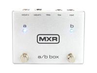 MXR M 196 A/B Box  MXR M 196 Caja A / B