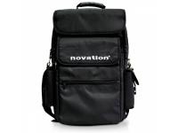 Novation Impulse Soft Carry Case 25   Novation Impulse Soft Carry Case 25   Saco p/ Controlador    Ideal para teclados até 25    Saco ultra - resistente    Bolsa p/ portátil    Bolsas para extras