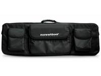 Novation Impulse Soft Carry Case 61   Novation Impulse Soft Carry Case 61   Saco p/ Controlador    Ideal para teclados até 61 teclas    Saco ultra - resistente    Bolsa p/ portátil    Bolsas para extras