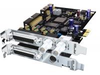 RME HDSPe AES  El HDSPe AES es una tarjeta PCI Express de corta duración con interfaces AES / EBU. Proporciona ocho entradas AES (16 canales) y ocho salidas AES (16 canales) a una frecuencia de muestreo de 192 kHz. La tarjeta también está equipada con dos puertos MIDI I / O, wordclock I / O y se puede usar con el módulo TCO opcional para la sincronización con LTC y video.  El HDSPe AES es la reacción de RME a las solicitudes de los profesionales de audio de una solución basada en AES con las características y la calidad típicas de RME. Esta tarjeta de audio es una solución perfecta para usuarios profesionales en las áreas de transmisión, TV, teatro, escenario / PA, y en cualquier estudio profesional.