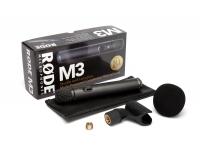 Rode M3  Gire M3  Micrófono de condensador cardioide con cuerpo de metal robusto.  Muy bajo ruido propio (21 dB)  Suspensión interna  Un filtro de paso alto seleccionable a través del botón de tres posiciones  Un atenuador interno de tres niveles.  Posibilidad de ser alimentado por Phantom Power (+ 48V o + 24V) o batería de 9V.  Viene con bola de espuma, tubo adaptador de trípode y estuche de cuero sintético