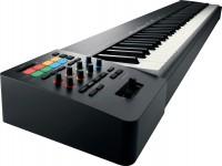 Teclados MIDI Controladores Roland A-88 MKII