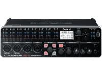 Roland UA-1610 STUDIO-CAPTURE  Interface Audio Midi Roland UA1610 Studio-Capture. Electrónica: Frequência de amostragem: 192 kHz, 96 kHz, 48 kHz, 44.1 kHz/24-bit; Gravação: 16. Canais: Gravação: 16 canais; Playback: 10 canais. Display: LCD Gráfico com resolução 128x64. USB: 1x Ligação a computador USB 2.0. MIDI: 1x Entrada MIDI IN; 1x Saída MIDI OUT.