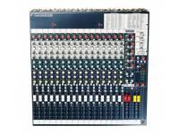 Soundcraft FX 16 II   Mesa de mistura analógica com 16 canais e processador de efeitos da LEXICON.