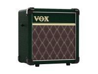 Vox  MINI5 Rhythm CL  Con 99 patrones de ritmo ajustables, el VOX MINI5 Rhythm te permite practicar con precisión donde sea que te lleve la carretera. Alimentado por seis baterías AA o el adaptador incluido, el MINI5 Rhythm es el amplificador ideal para ensayos de vestuario o escribir música nueva entre espectáculos.