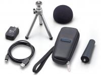 Acessórios para gravador Zoom APH-1n  Zoom APH-1n - acessórios adicionais para o H1n. O pacote inclui windscreen, adaptador de clipe de microfone, tripé de mesa ajustável, estojo flexível, adaptador AC (tipo USB) e cabo USB.